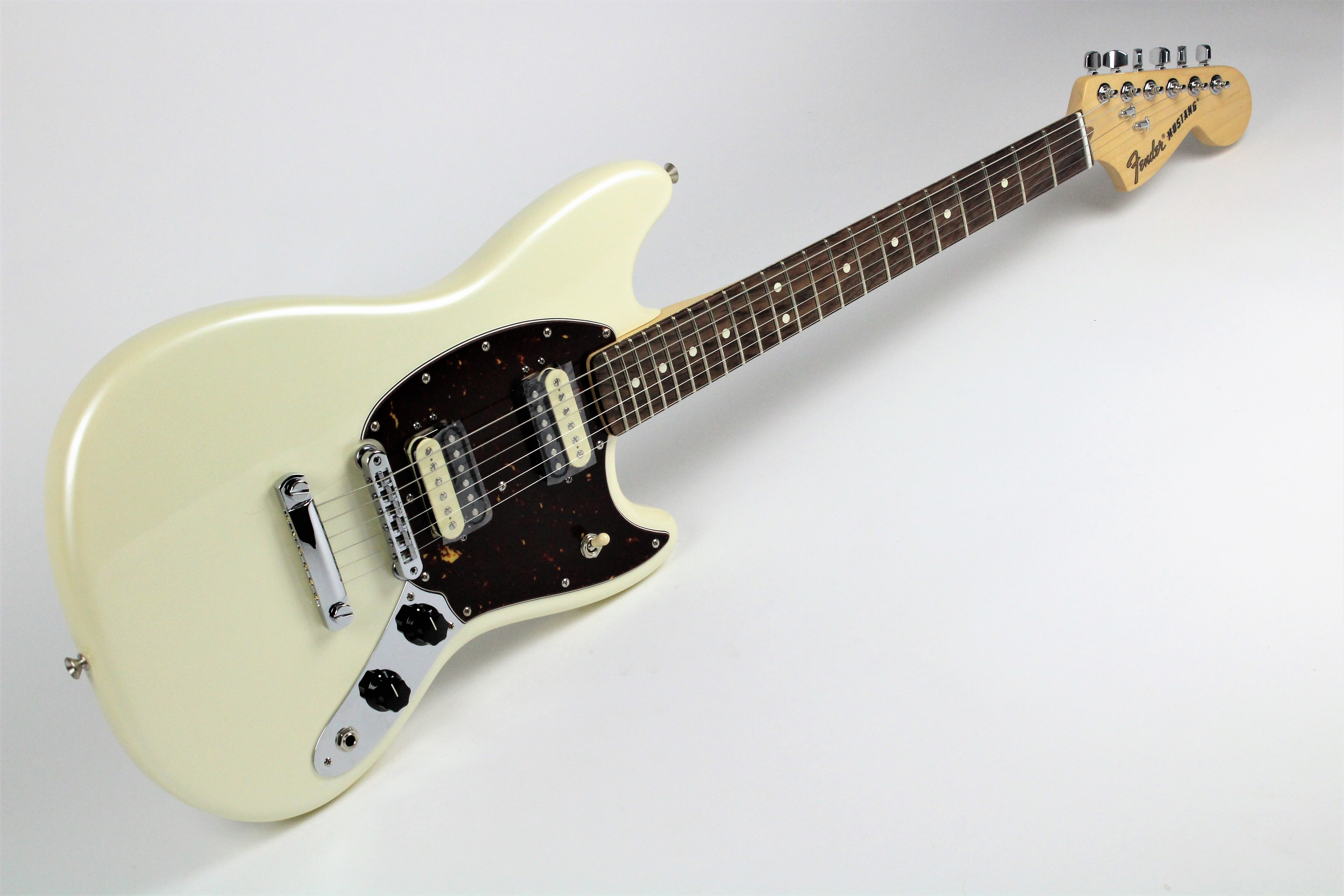 Fender American Special Mustang Olympic White Pearl